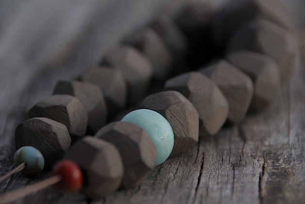 Faceted_terracotta_necklace_flickr_roundup.jpg
