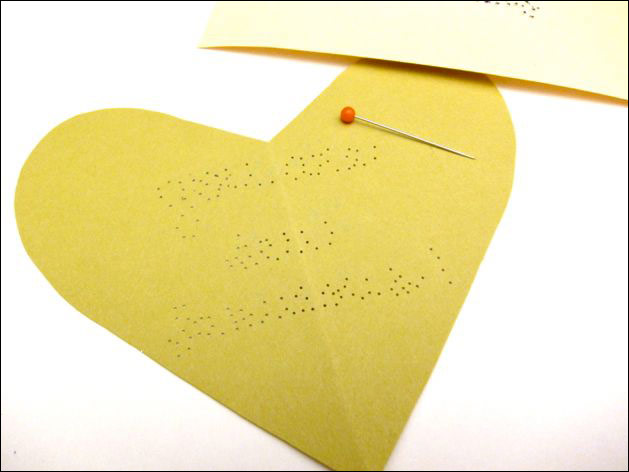 sewing_kit_valentine_step09.jpg