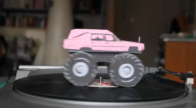 tmbg_paper_hearse_turntable.png
