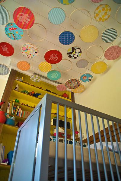 embroidery_hoop_ceiling2.jpg