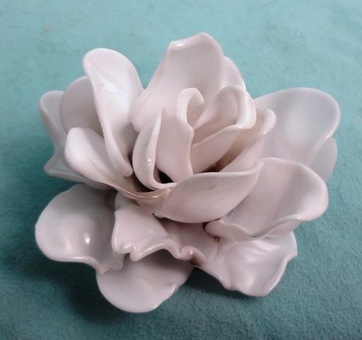 Plastic spoon rose.jpg