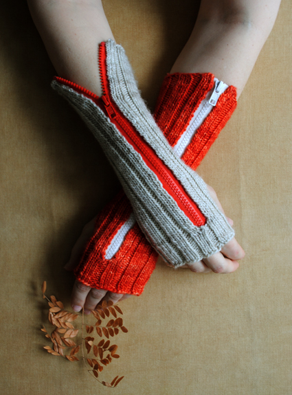 purlbee_zippered_hand_warmers.jpg