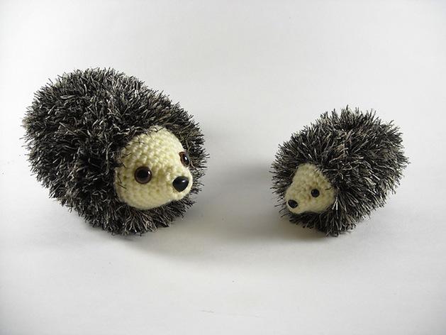 nickie_engle_crocheted_hedgehog.jpg