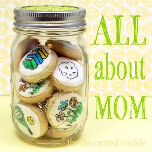 thedecoratedcookie_mothers day cookies.jpg