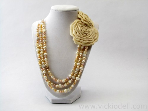 vickiodell_freshwater_pearl_necklace.jpg