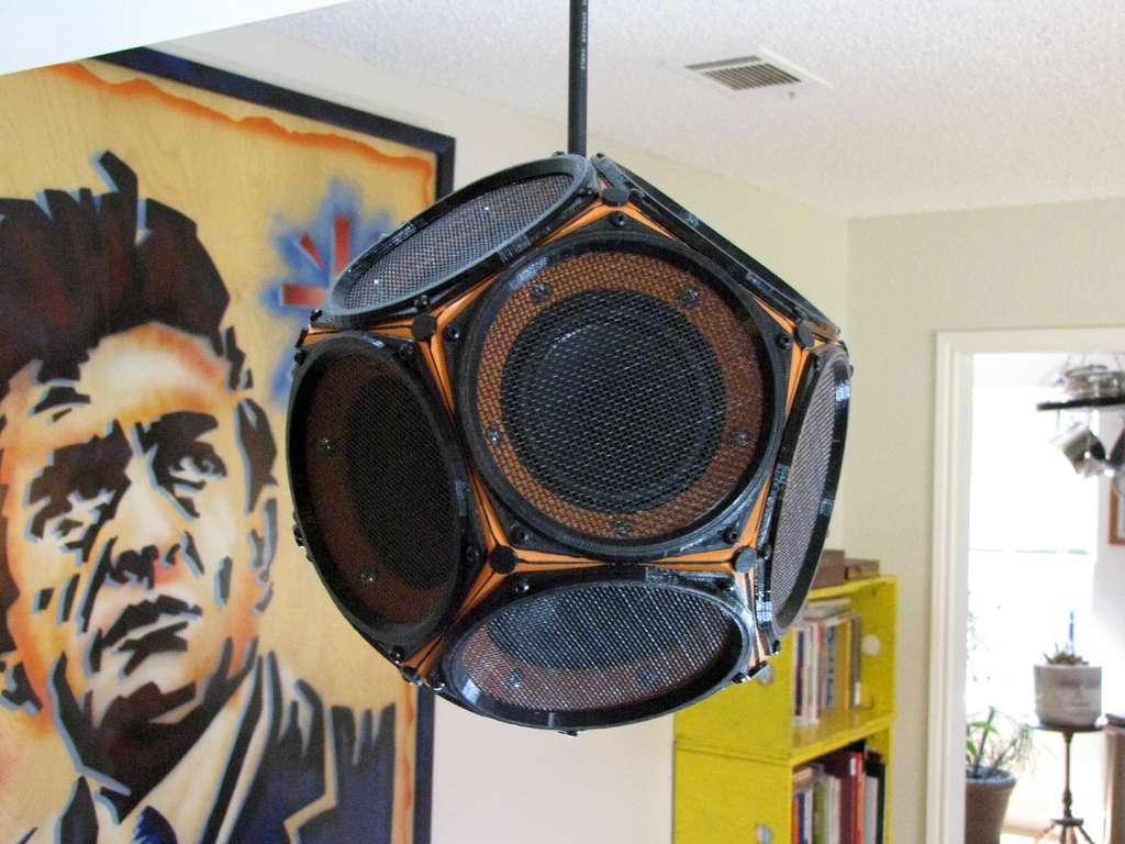 Dodecahedron-Speaker