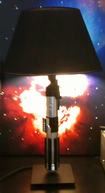 star_wars_lightsaber_lamp.jpg
