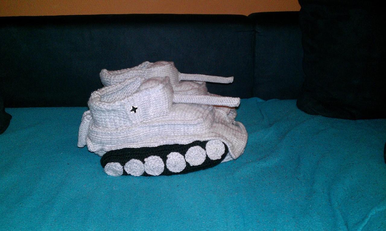 crocheted-tank-slippers-1