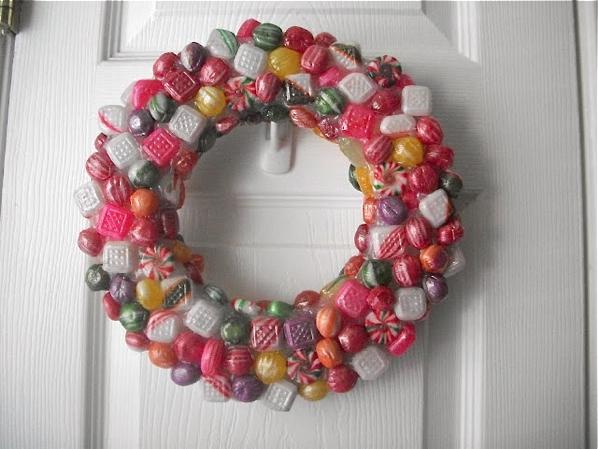 janeofalltrades_faux_resin_candy_wreath