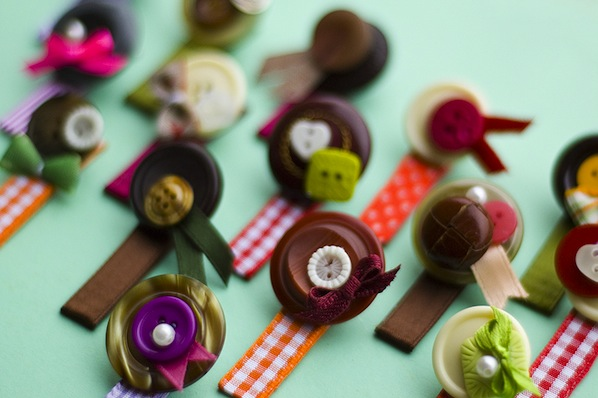 vintage_hairclips_flickr_roundup