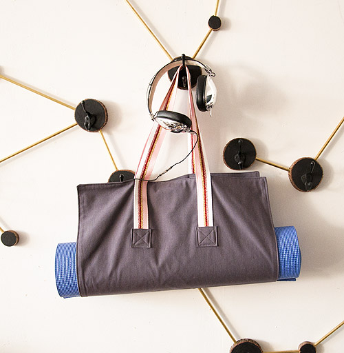 designsponge_yoga_mat_bag
