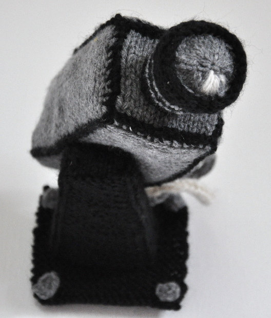 knitted-security-camera-1