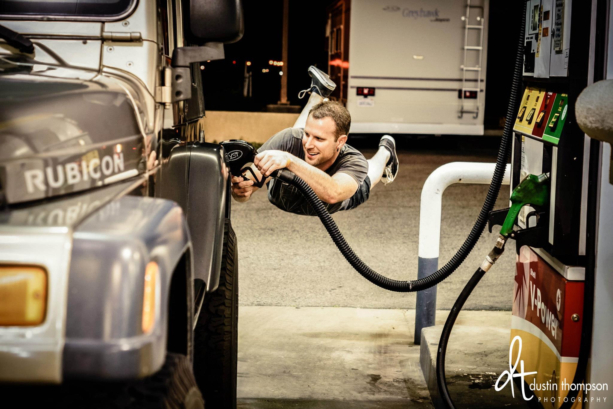 dustin thompson gas station