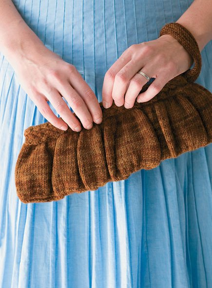craftfoxes_wool_knit_clutch