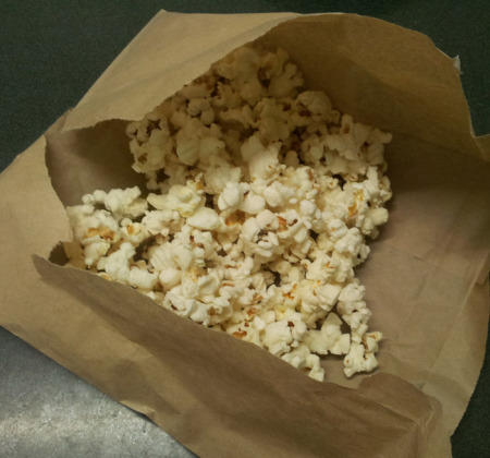 diy microwaved popcorn1