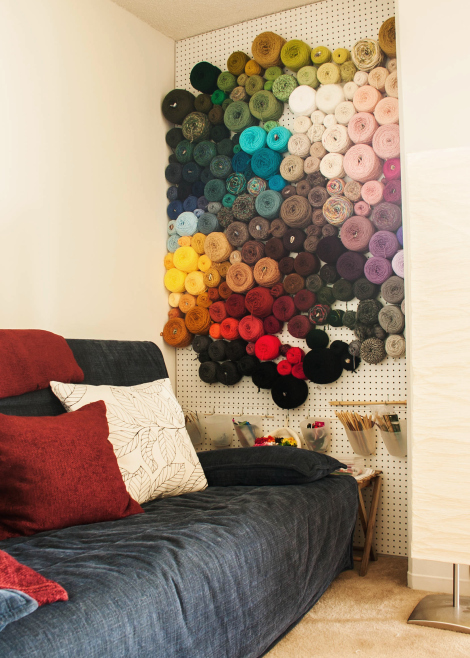 yarn-wall-room-4