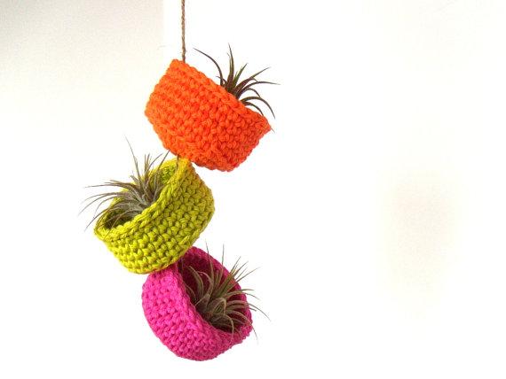 airyobsession_crocheted_air_plant_bowls
