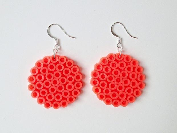 makermama_perler_bead_earrings_02