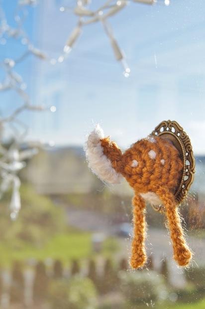 my_backyard_monsters_crocheted_deer_butt