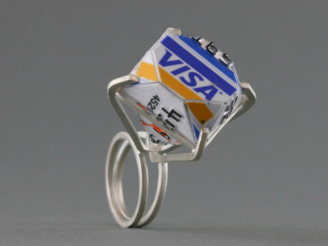 romano-credit-card-ring-1