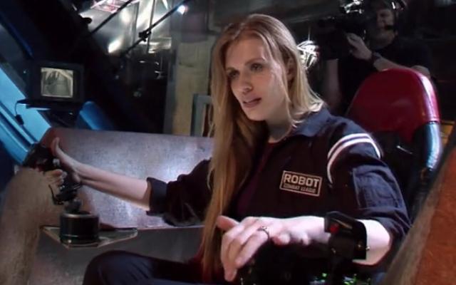 Annika pilots Game Over, her giant mechanical fighting machine.