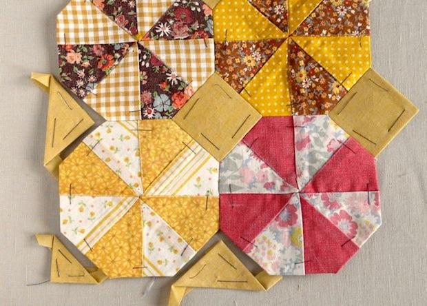 craftypod_quilt_block_tote_02
