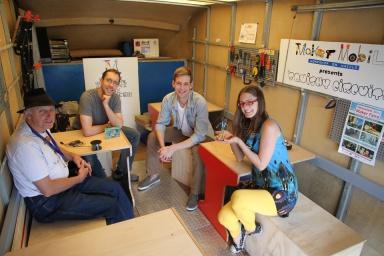 maker mobile group shot