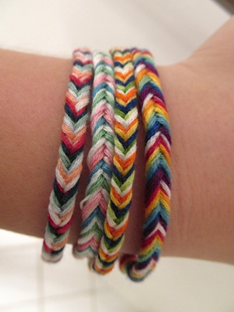 carrotsnspice_fishtail_friendship_bracelet