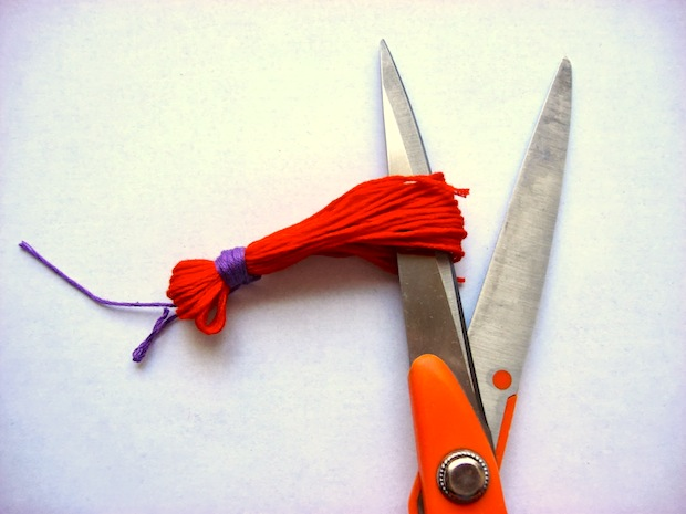 feelingstitchy_embroidery_scissors_tassel_and_charm_02