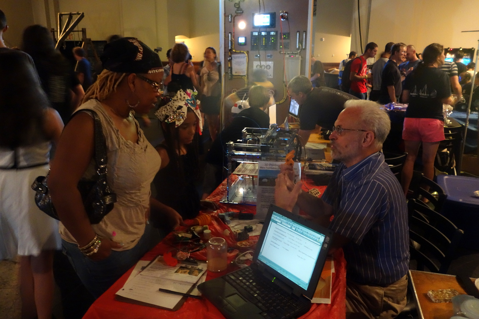 Bruce Mackenzie talks with folk about the prospect of 3D printing a future Mars settlement. I'm not kidding.