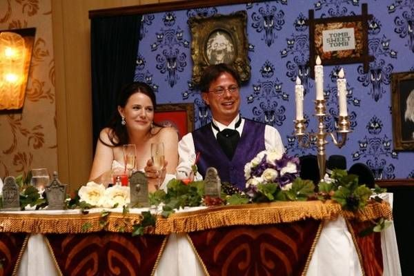 haunted-mansion-wedding-1