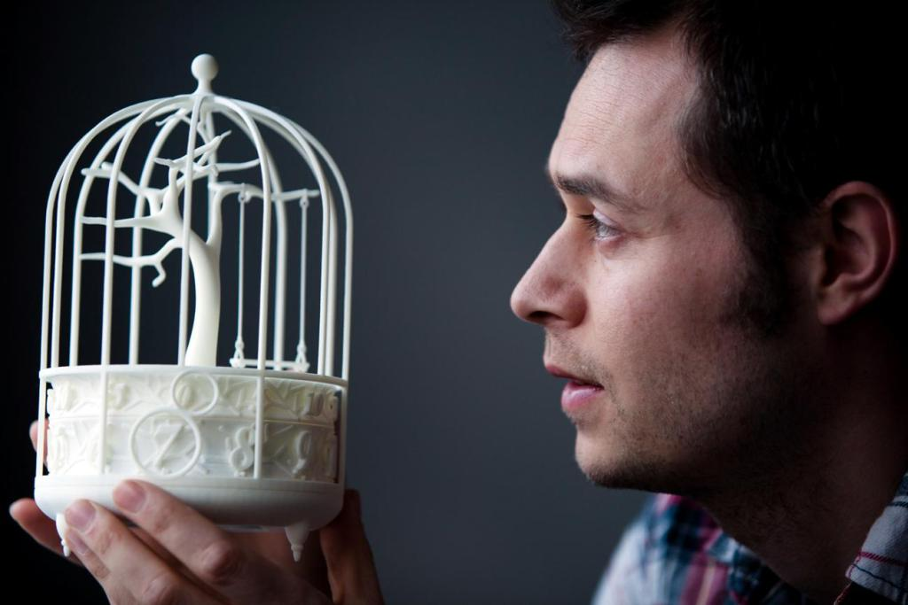Mark-Gilbert-with-clock-created-from-3D-printer