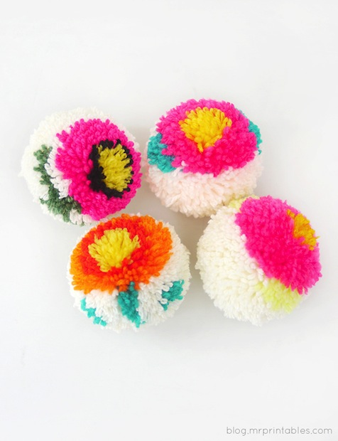 mrprintables_flower_pom-poms_01