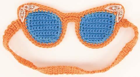 crocheted-sleep-mask-1