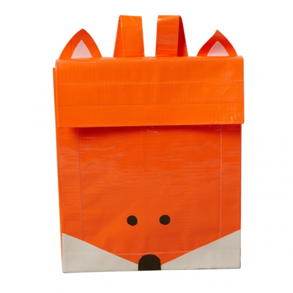 dollarstorecrafts_fox_duct_tape_backpack_01