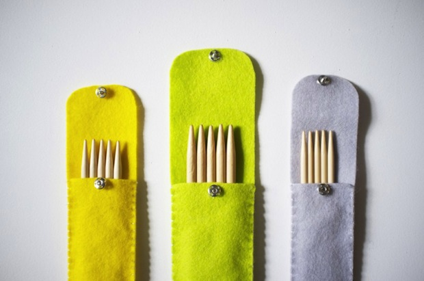 thegoodweekly_knitting_needle_holder