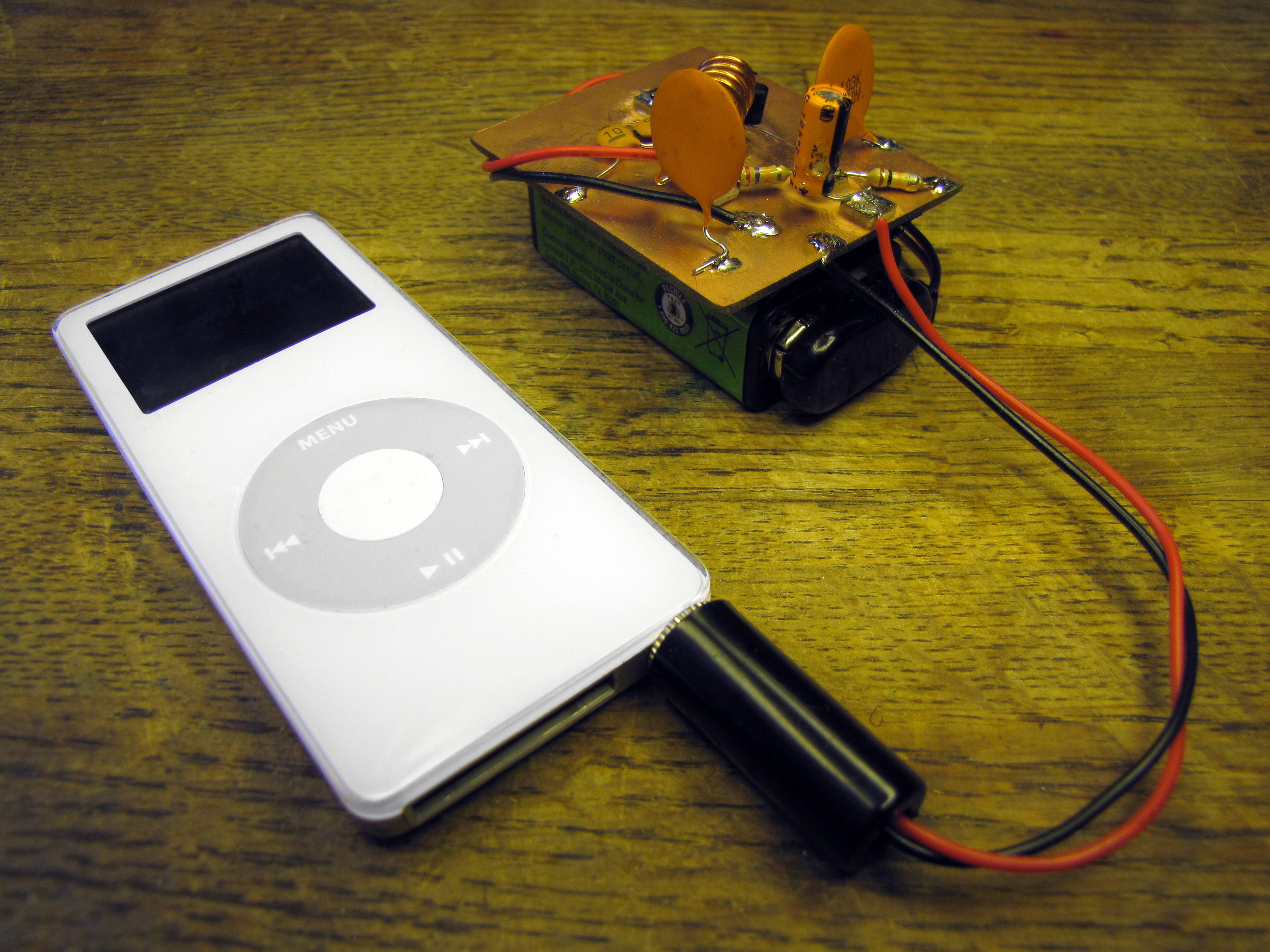 Super Simple iPod FM Transmitter