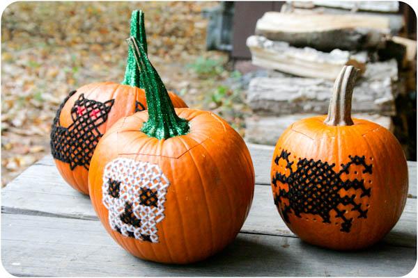 blogalacart_cross-stitched_pumpkins_01
