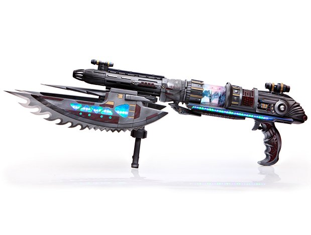 Make an Alien Rifle Prop With Flash Effect