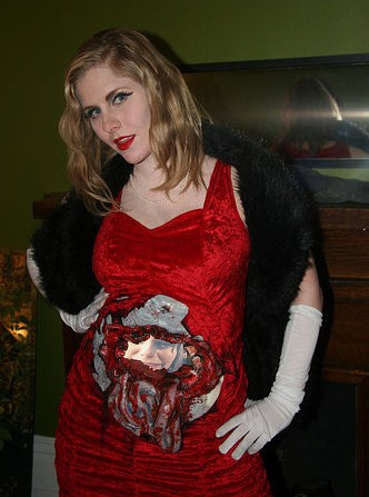 magne death becomes her