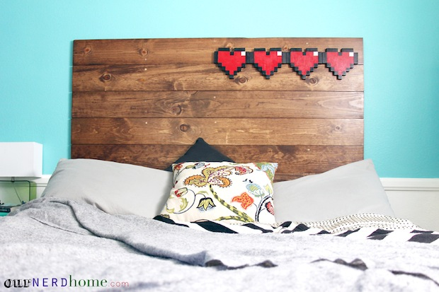 ournerdhome_8-bit_hearts_headboard_01