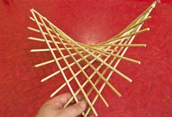 make-hyperbolic-paraboloid-using-skewers.w654