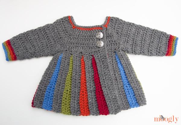 mooglyblog_rainbow_baby_sweater_01