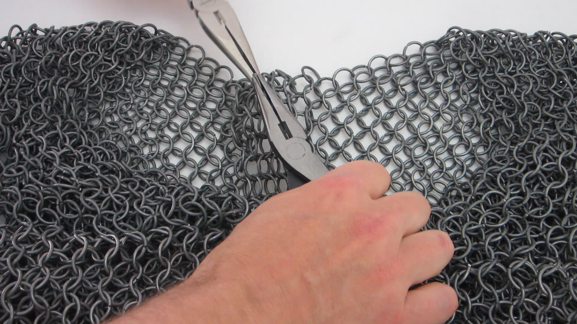 DIY Hacks & How To's: Chainmail