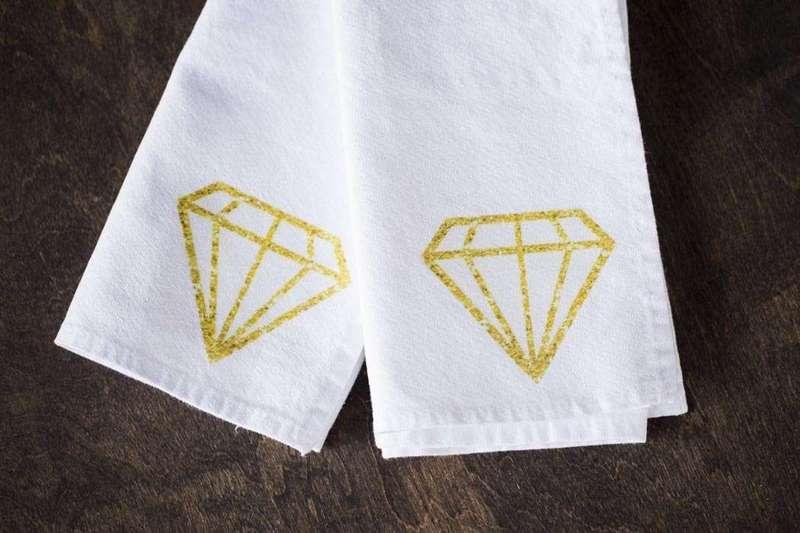 DIY Diamond Napkinds-1