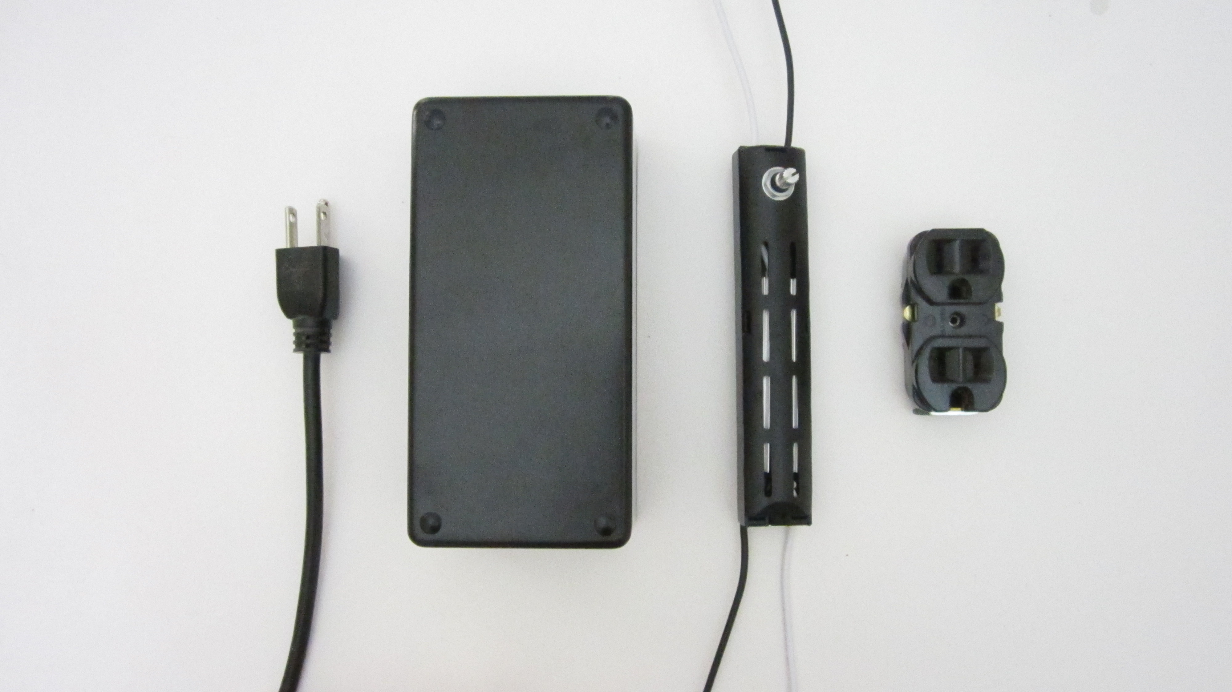 DIY Hacks & How To's: Adjustable PowerOutlet