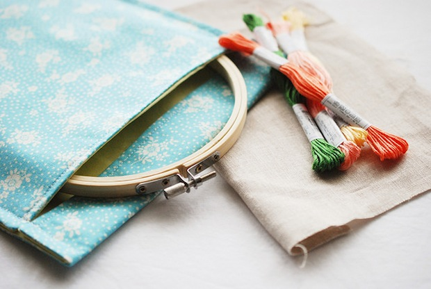 wildolive_embroidery_hoop_travel_pouch_01