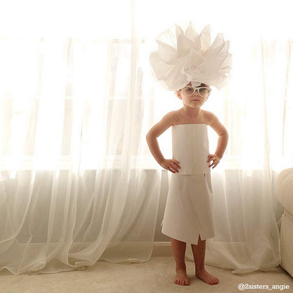 4-year-old-paper-dresses-5