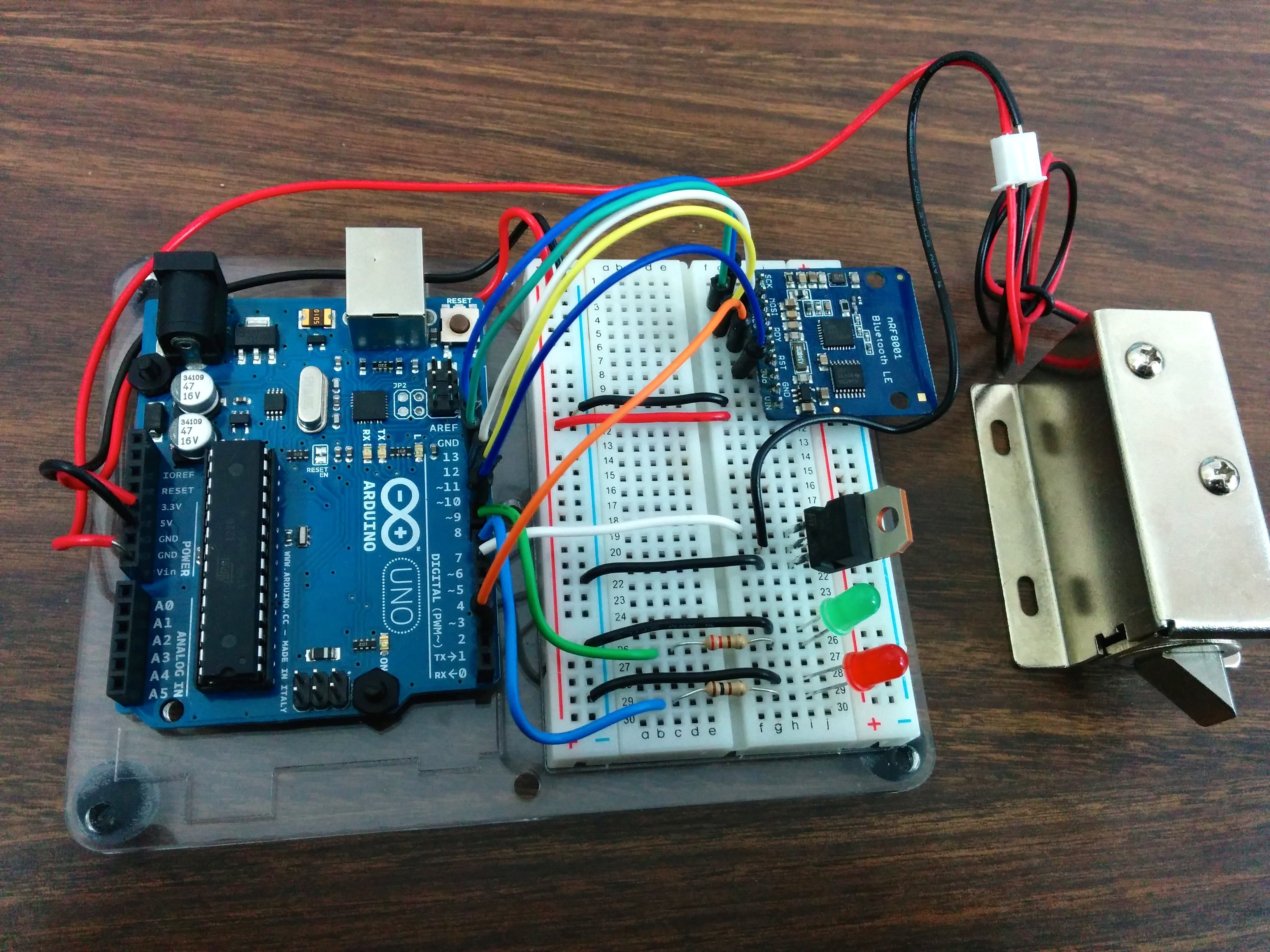 controlling a lock with an arduino and bluetooth le