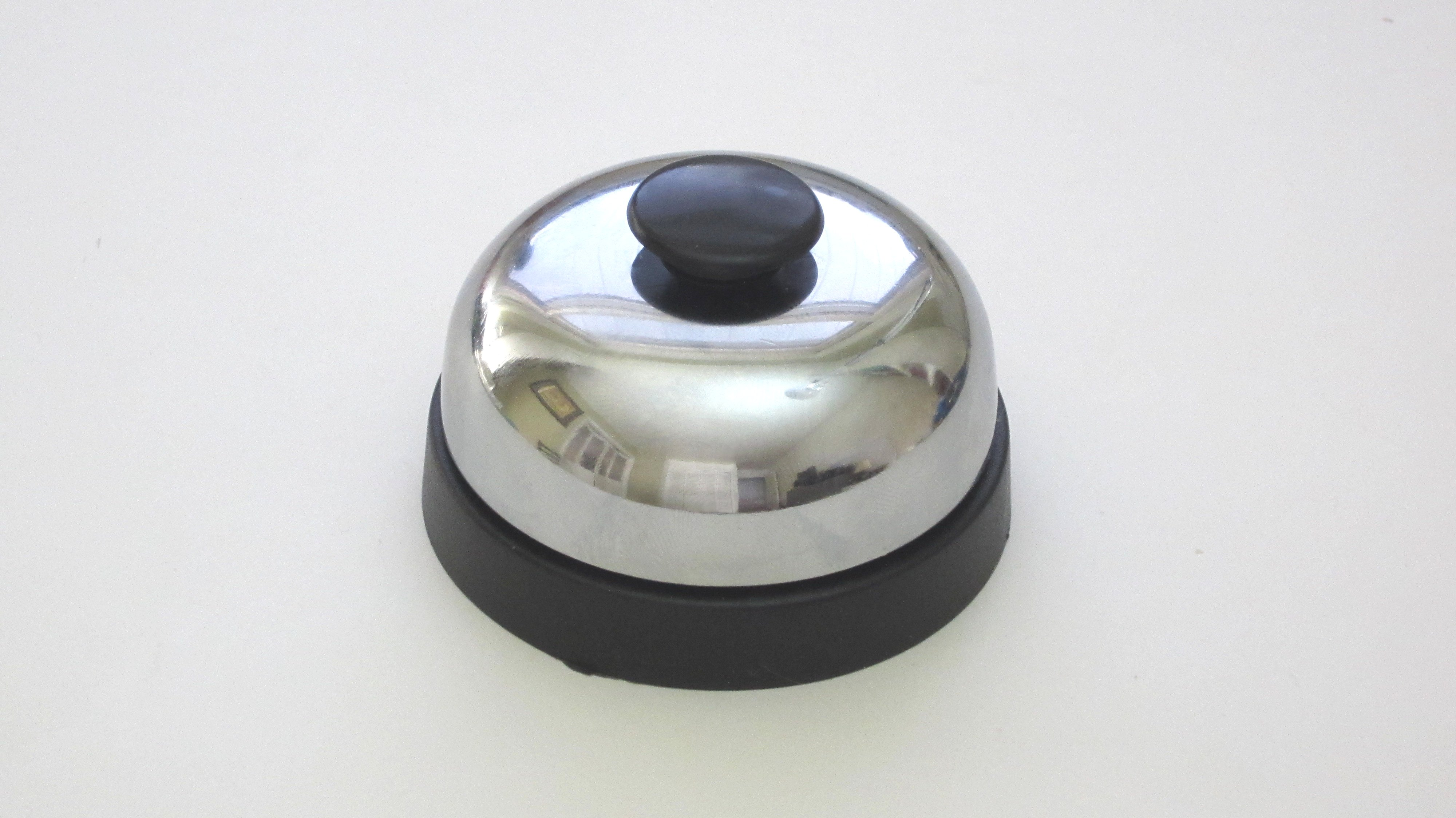 DIY Hacks & How To's: Desk Bell That Plays Sound Effects